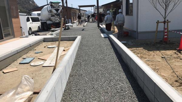 「がんばろう日本 石巻復興住宅」 透水・転倒・高齢化・路面温度・水勾配・水たまり