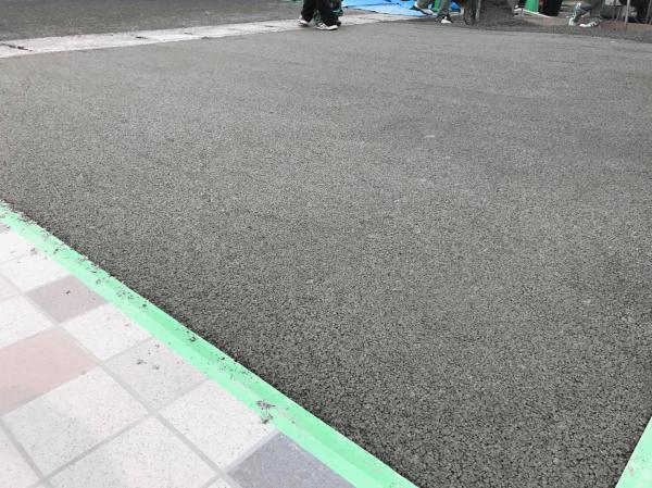 【セキスイ】「楽だし早いね」 透水性コンクリート施工【見学会】