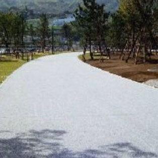 「楽になるコンクリート舗装が欲しい」 コンクリート舗装・作業性