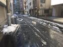 「じっと手を見る」 雪・雪解け・凍結・透水・水たまり・水はけ