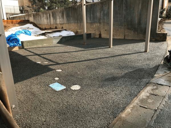 「従業員さんのご自宅」 駐車場・カーポート・土間コン