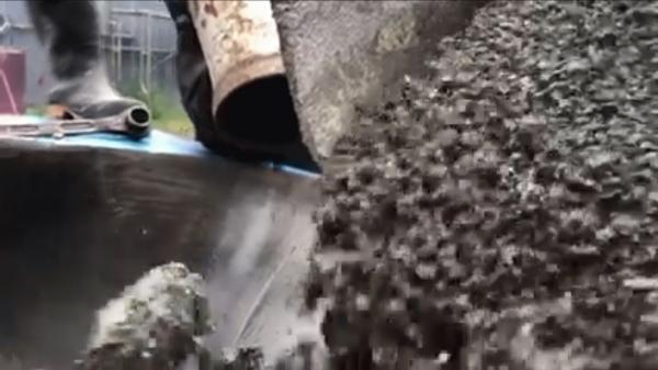 「ポンプ圧送による透水性コンクリートの施工」