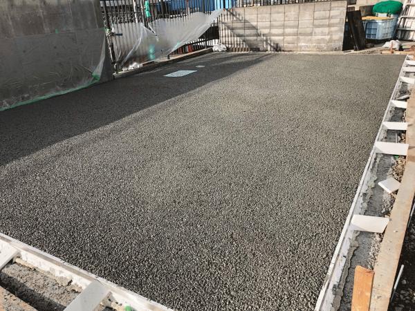 【住友林業】木と石が融合した製品としての透水性コンクリート