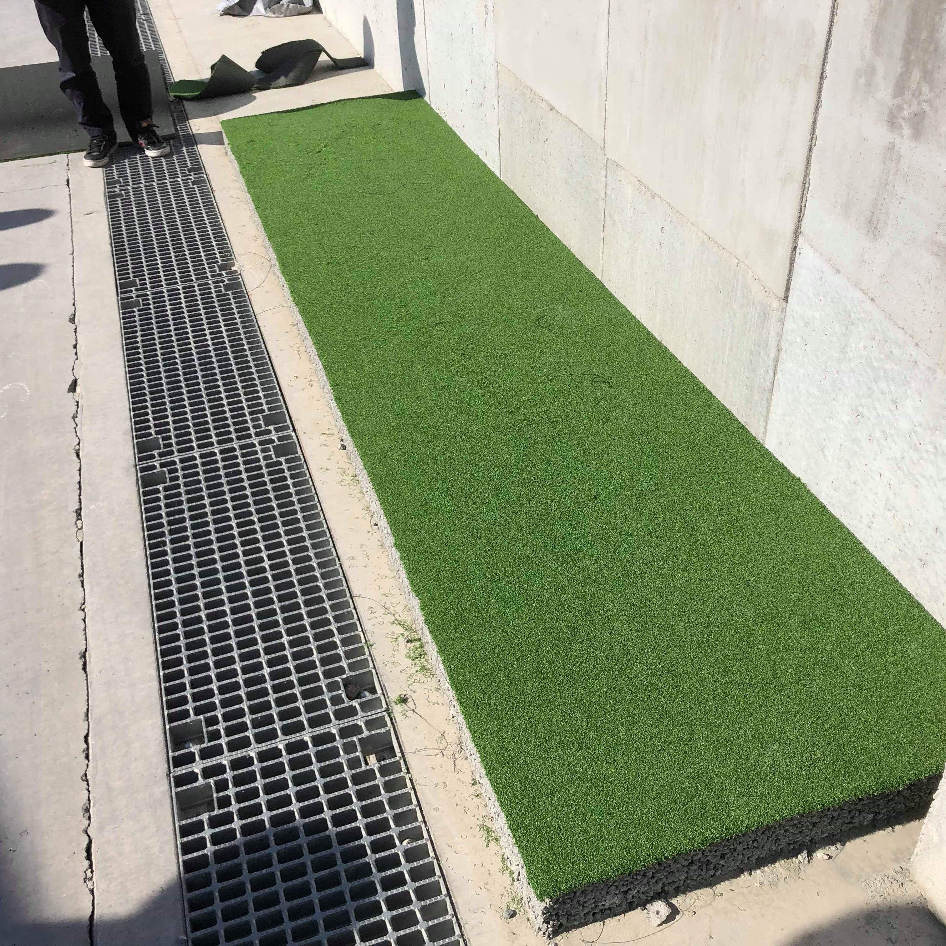 水はけ、草むしり、パター(ゴルフ)の練習。 透水性コンクリートを下地にした【人工芝】の施工マニュアル #3