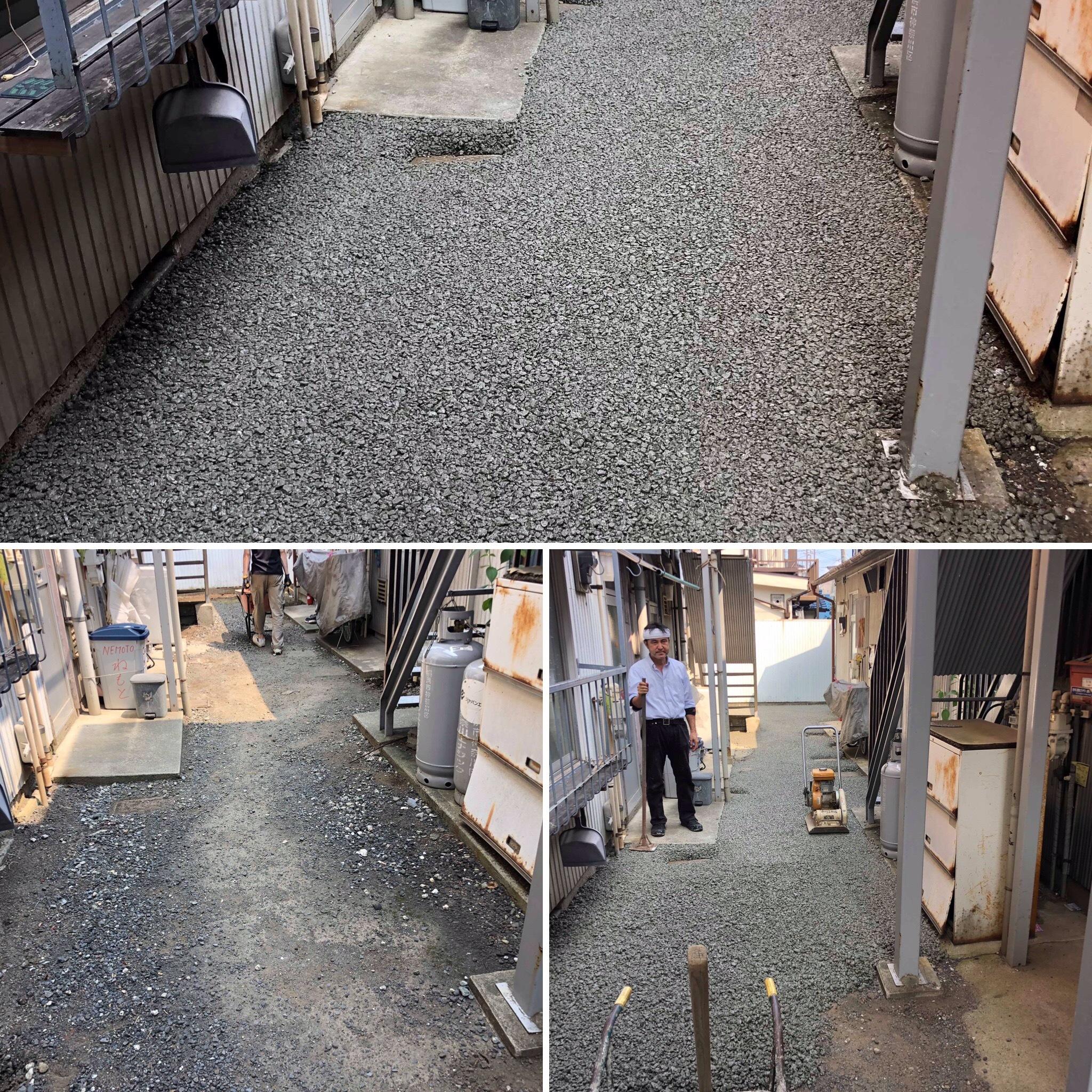 【神奈川】「アパートとアパートの間の通路が雨の日水たまりができて歩きづらい」