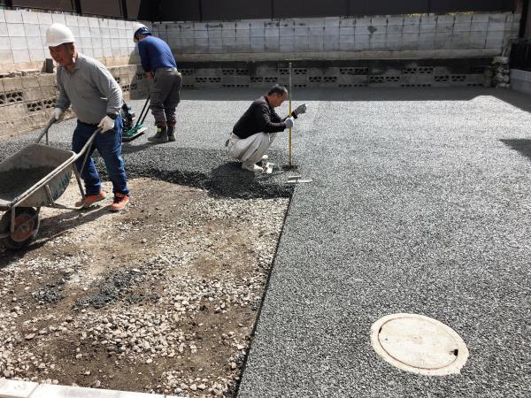 【東京】「舗装しても雨水処理は敷地内で!」全国施工見学会