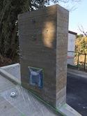 杉板コンクリート打ち放しに発生した「木のアク」、美しくなりますよ!