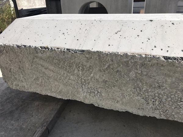 「コンクリート製品工場での色合わせ」 補修・コンクリート打ち放し・二次製品・色合わせ