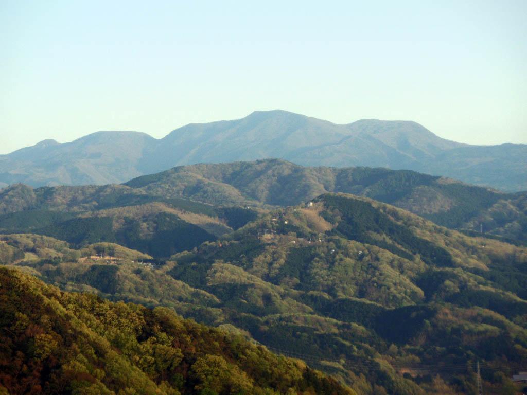 Mount_Amagi_20100426.jpg