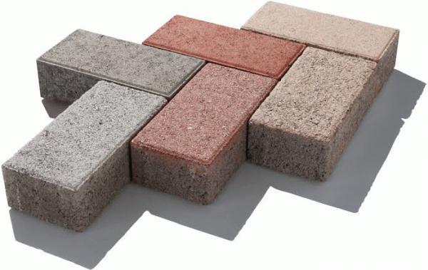 「コンクリートブロックを型枠にDIYで生コン(土間コン)の勧め」