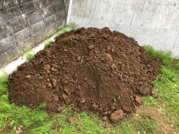 「騙されるな!DIYでもっとも辛い作業は土間コンではない!!」フェラーリ様邸DIY #1
