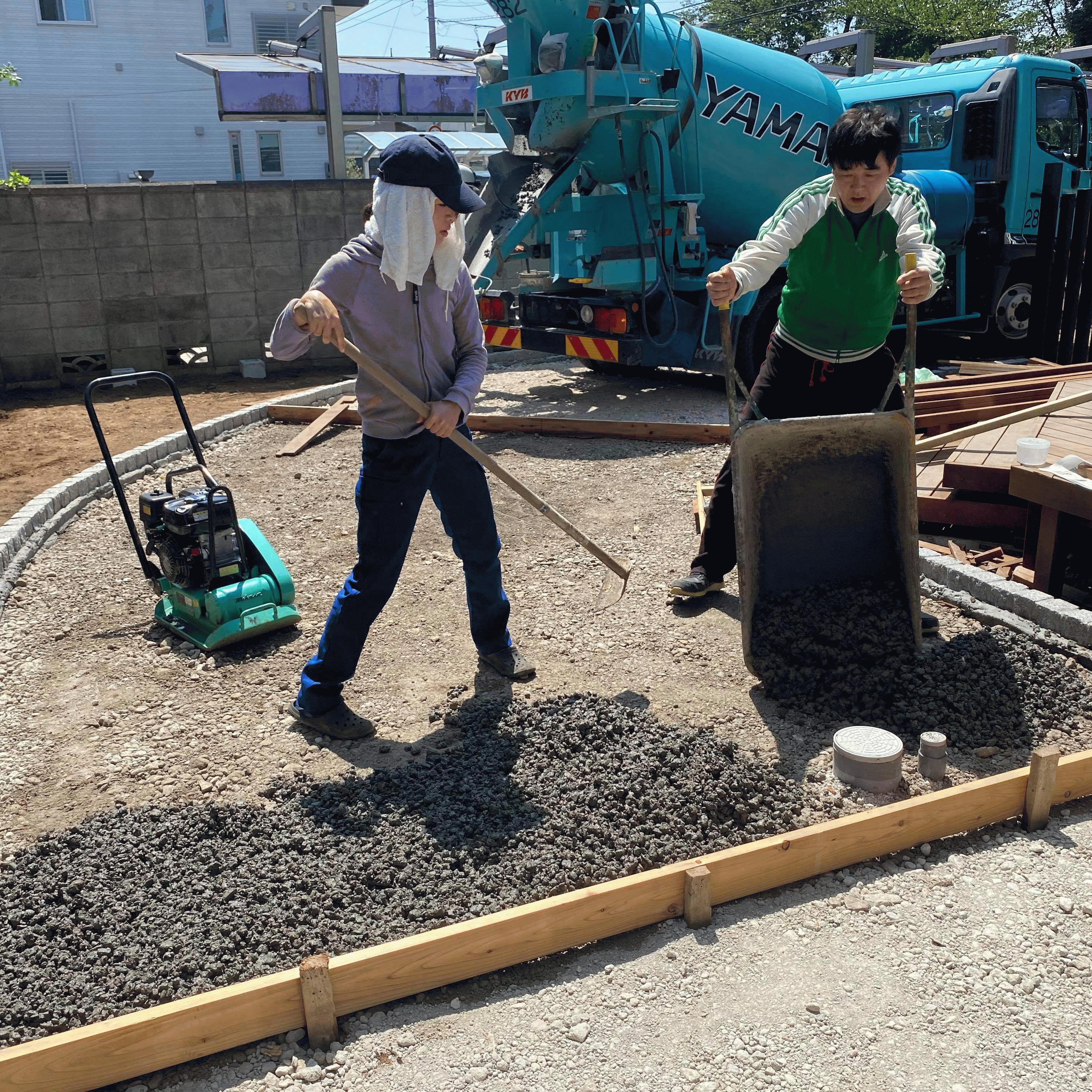 【千葉】「最近の素人さんは本当に凄い」「たった2人で17m2を1時間半」DIY・ヤマカ建材工業