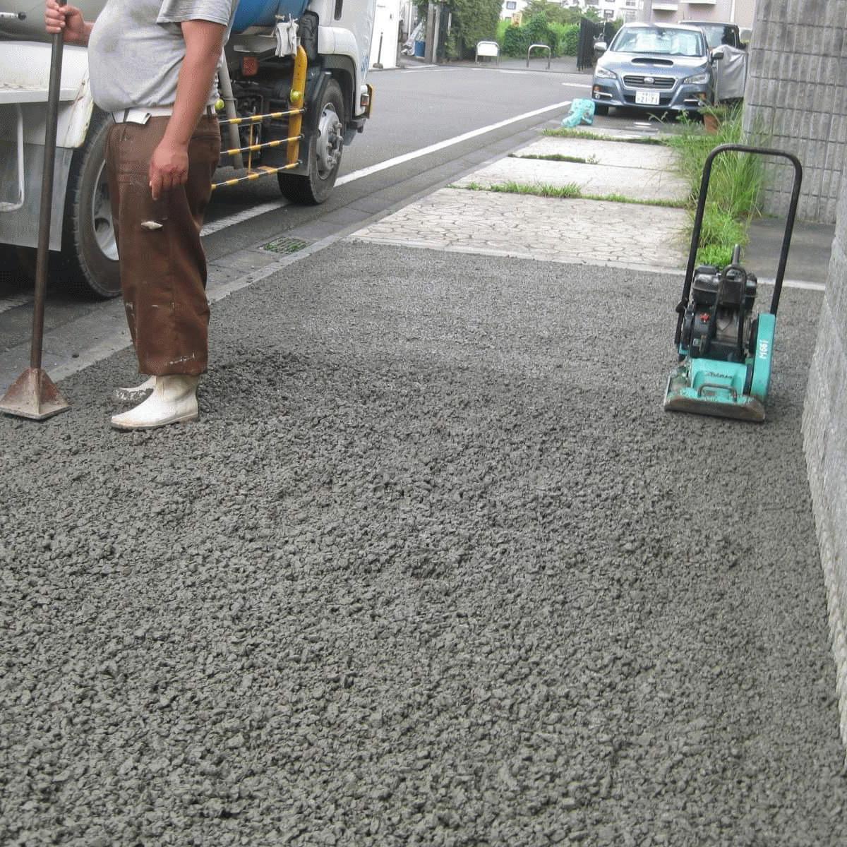 【東京】「土間コンクリートの常識を変える《ガーデンプラス》でも採用が加速」水勾配・雑草・排水