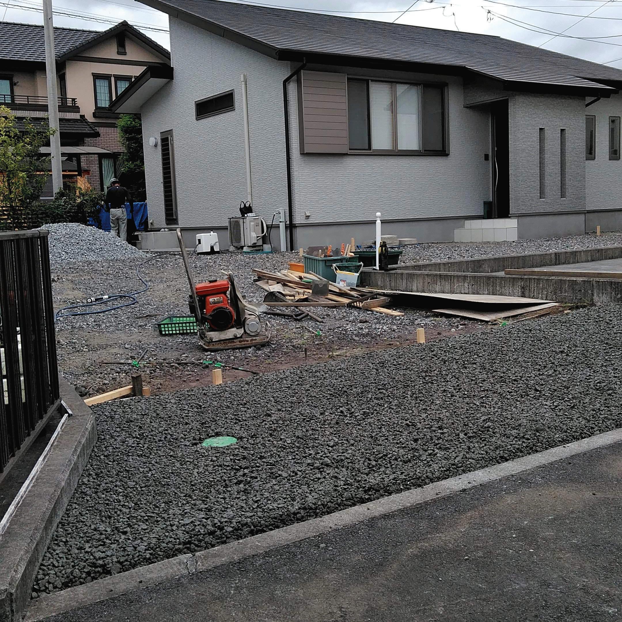 【静岡】《小規模対応》「舗装といえば水を通すコンクリートだよね」富士西麓ガーデン