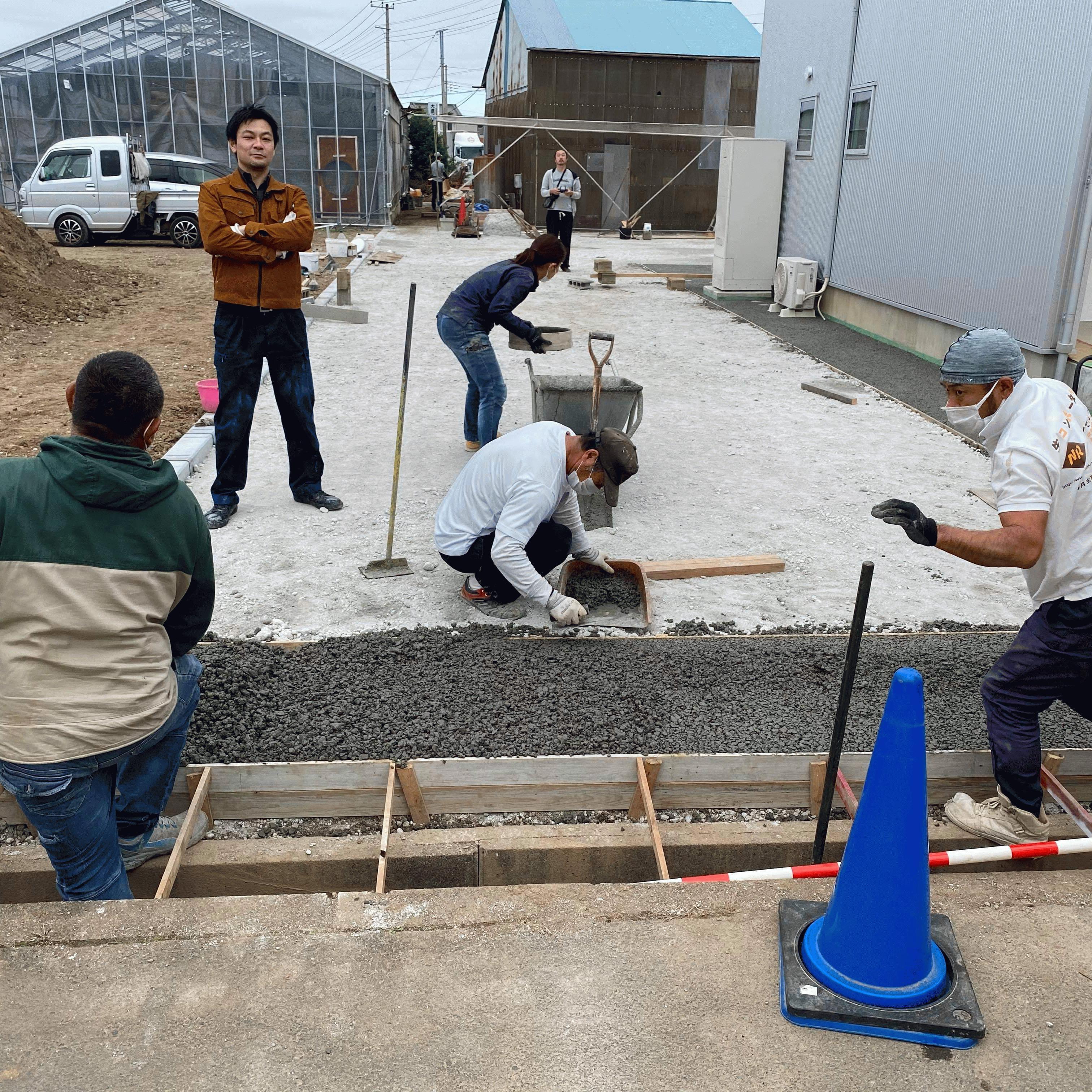 【静岡】「立水栓、駐車場、歩道、車道、サイクルポート基礎」《透水宣言》と《旧友からのLINE》コラボ企画!!(その9:ドライテック)