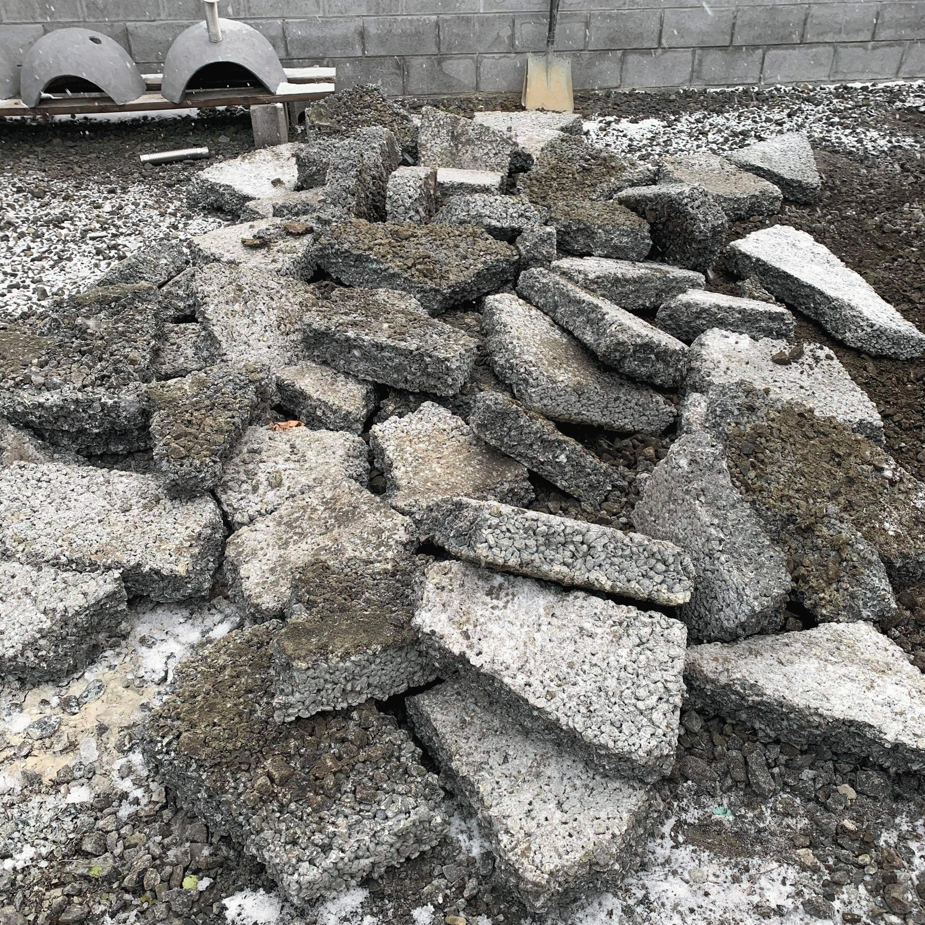「解体撤去って従来の土間コンクリートと比べてどうなの?」