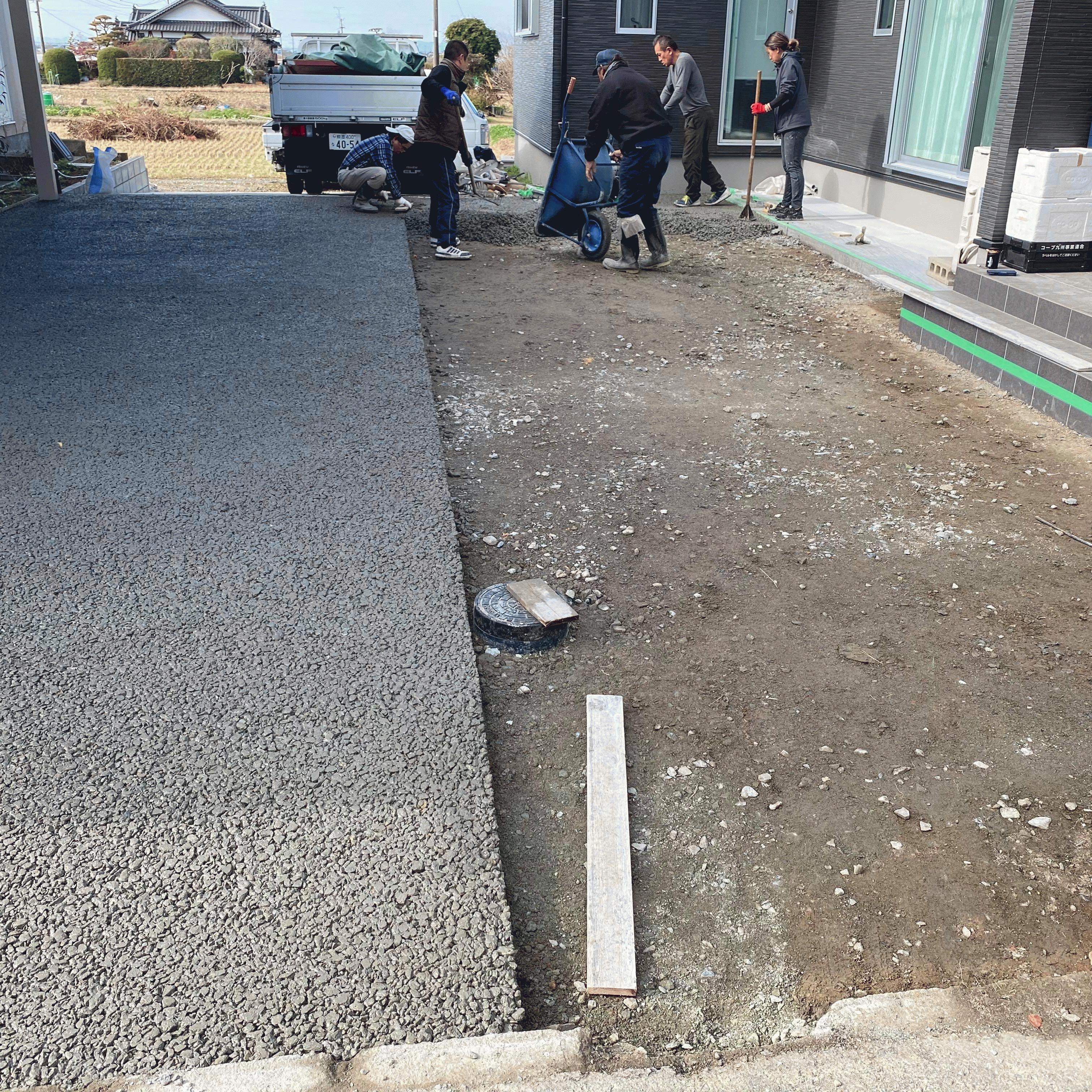 【熊本】「土間コンと違って左官屋さんに来てもらう必要がない」「施工中に型枠を撤去できる」高野組・エクスショップ