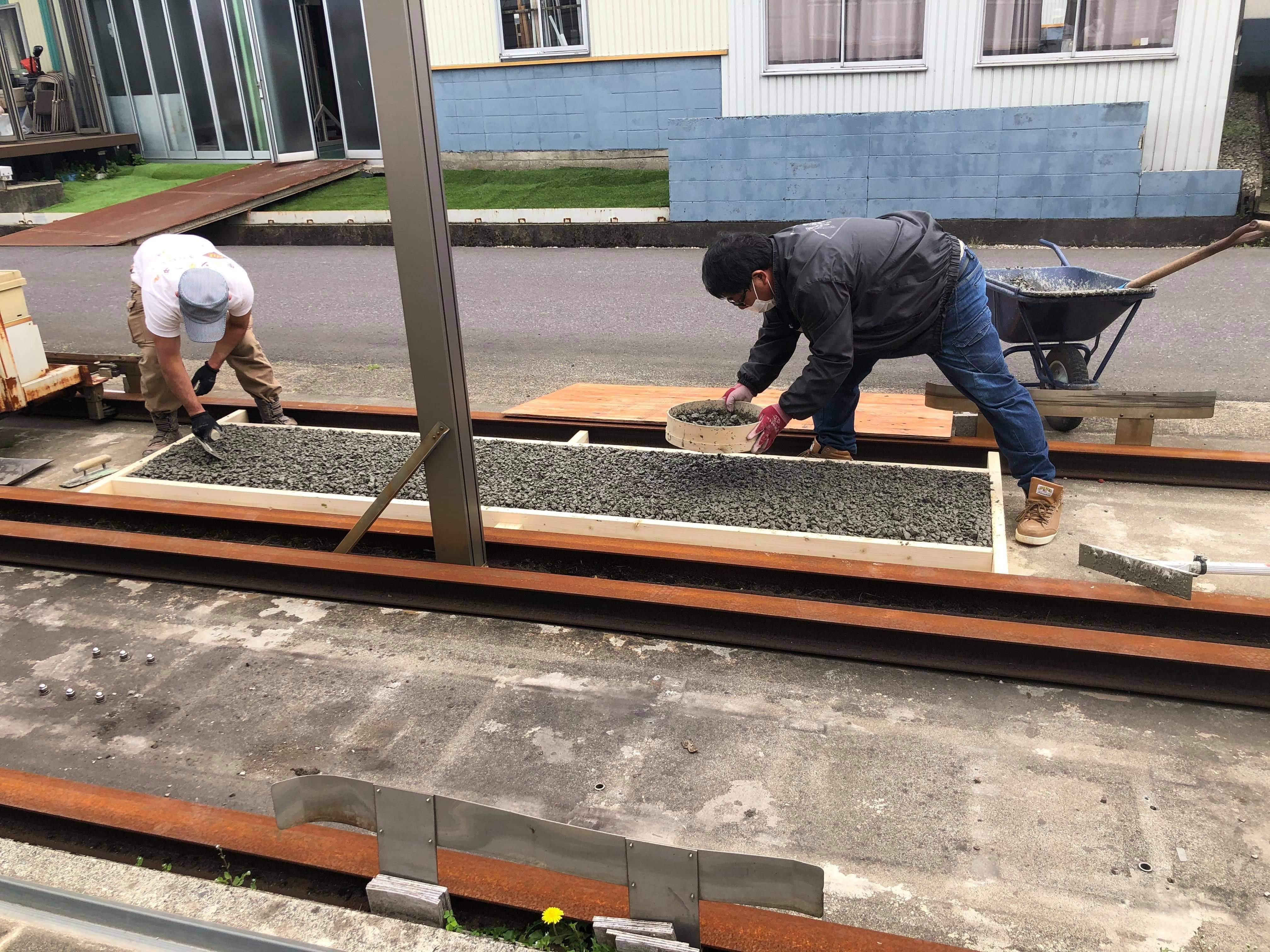 【福井】「ドライテックで舗装と基礎を兼ねるカーテンゲート」TOKO・エクスショップ