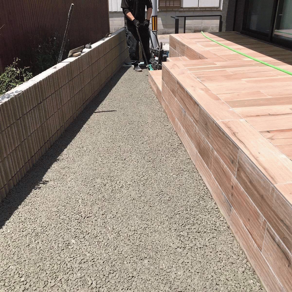 【愛知】「人工芝、雑草、排水、不陸(凹凸)を考えれば一択」ハウジングセンターミウラ・毛受建材