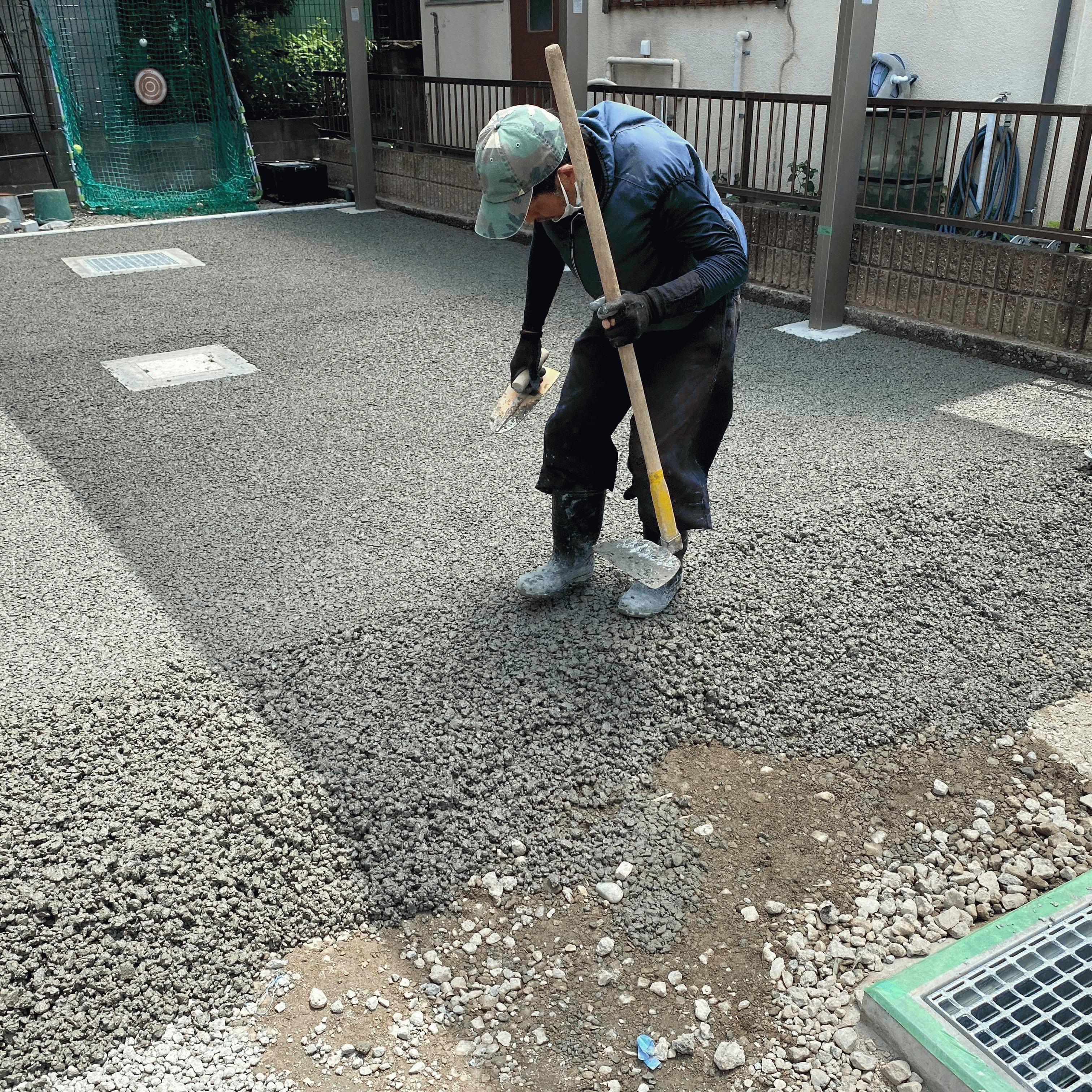 【静岡】「埋まる(砕石敷)、入らない(水勾配)の二項対立の解消」伊豆植物園