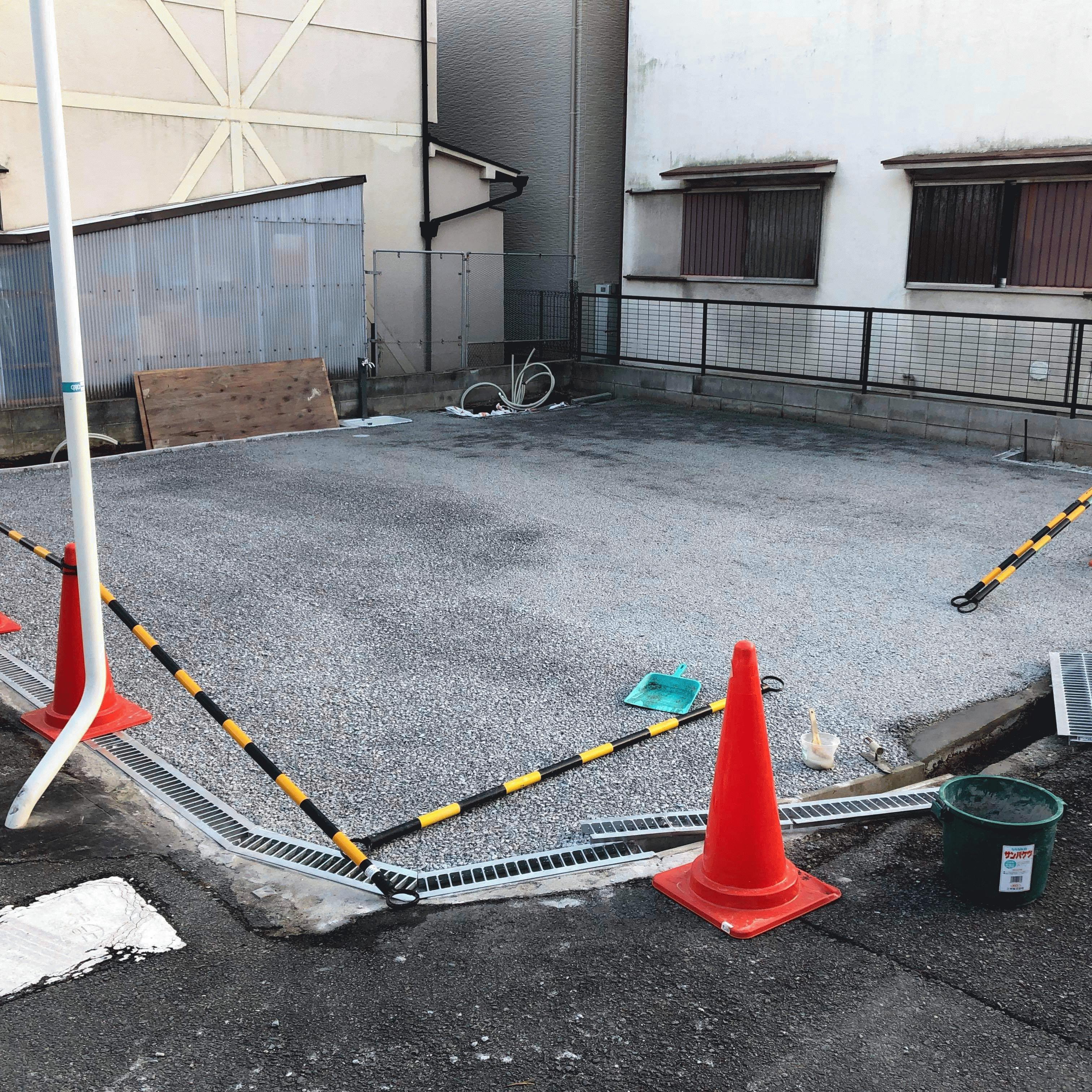 【大阪】「自分で《雑草》《水はけ》の対策をしちゃう最近の《素人》《DIYer》はすごい」寝屋川コンクリート