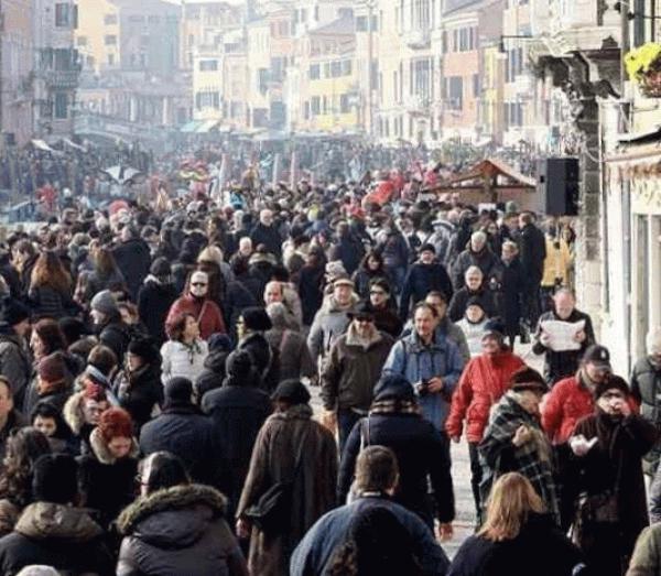 イタリア、新型ウイルスの死者が急増 感染者は25%増